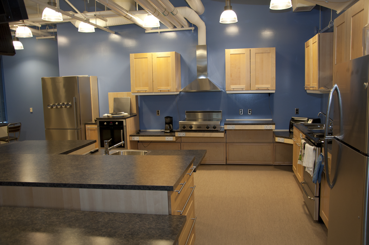 Wheelchair Accessible Kitchen Cabinets: Building Accessibility